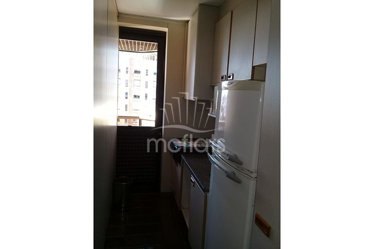 MC FLATS COUNTRY RESIDENCE SERVICE - 1305