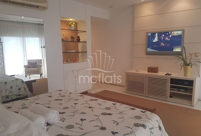 MC FLATS COUNTRY RESIDENCE SERVICE 501
