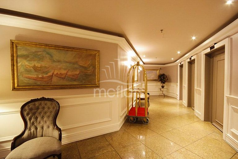 MC FLATS THE CLARIDGE - APARTAMENTO 706